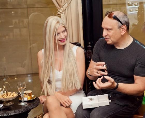 Tamara i Adam Gee, twórcy i kreatorzy marki Nebu Milano1