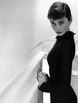 audrey-hepburn-with-short-hair